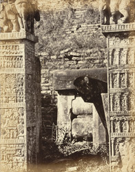 Pillars of the eastern torana or gateway, Sanchi Tope